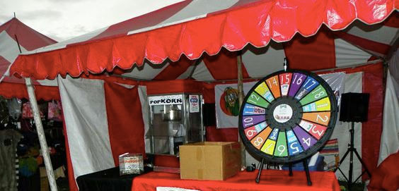 prize wheel at the fair